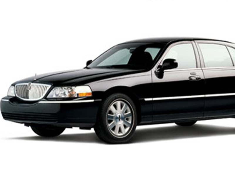 Lincoln Town Car about